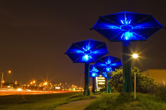 SunFlowers - An Electric Garden, art pv installation by Mags Harries + Lajos Heder/Austin, Texas